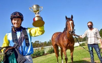Portland Jimmy wins the Ararat Gold Cup