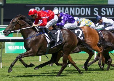 Seabrook-Races-Into-Golden-Slipper