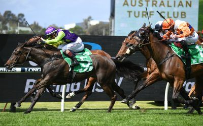 Barossa Rose wins the Midway