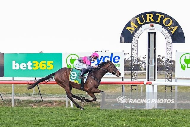 Caliburn gallops them into the ground at Murtoa