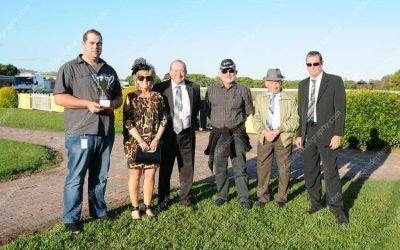 REGAL TRADER WINS NEVILLE FARMER MEMORIAL